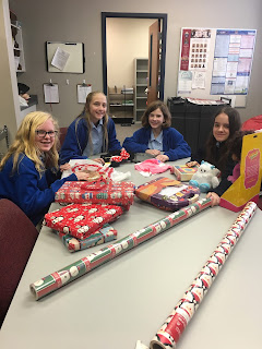 Montgomery Catholic Middle School Students Start Advent in Service 2