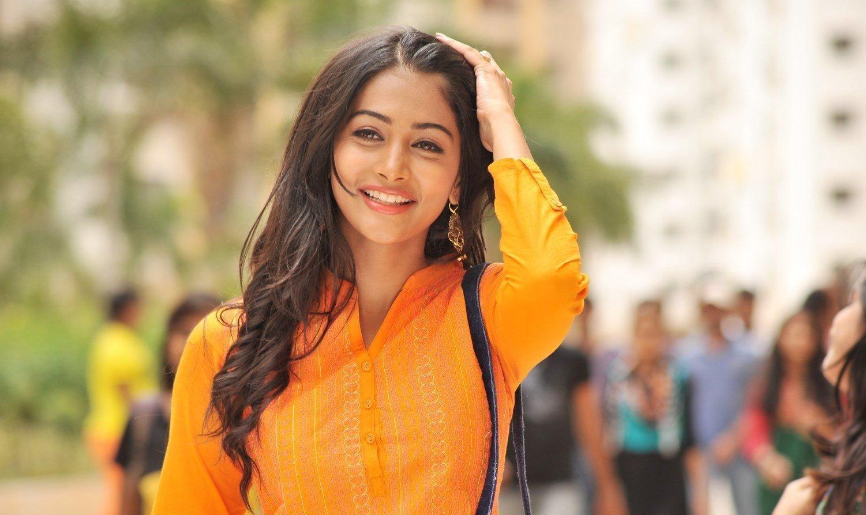 mohenjo daro actress pooja hegde full hq photos & wallpapers – webenty