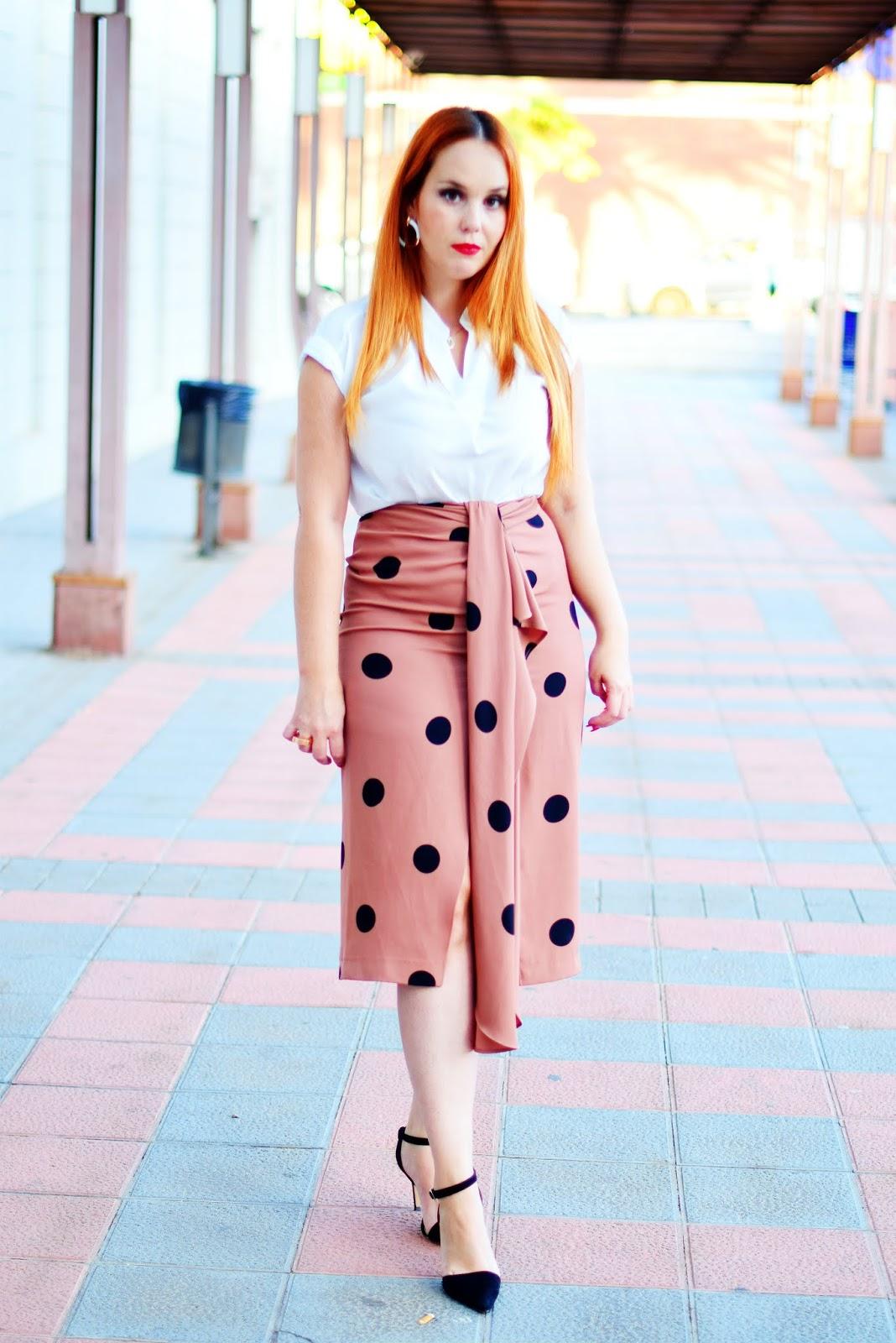 Saturday campus blogger, nery hdez, falda de lunares, sfera,
