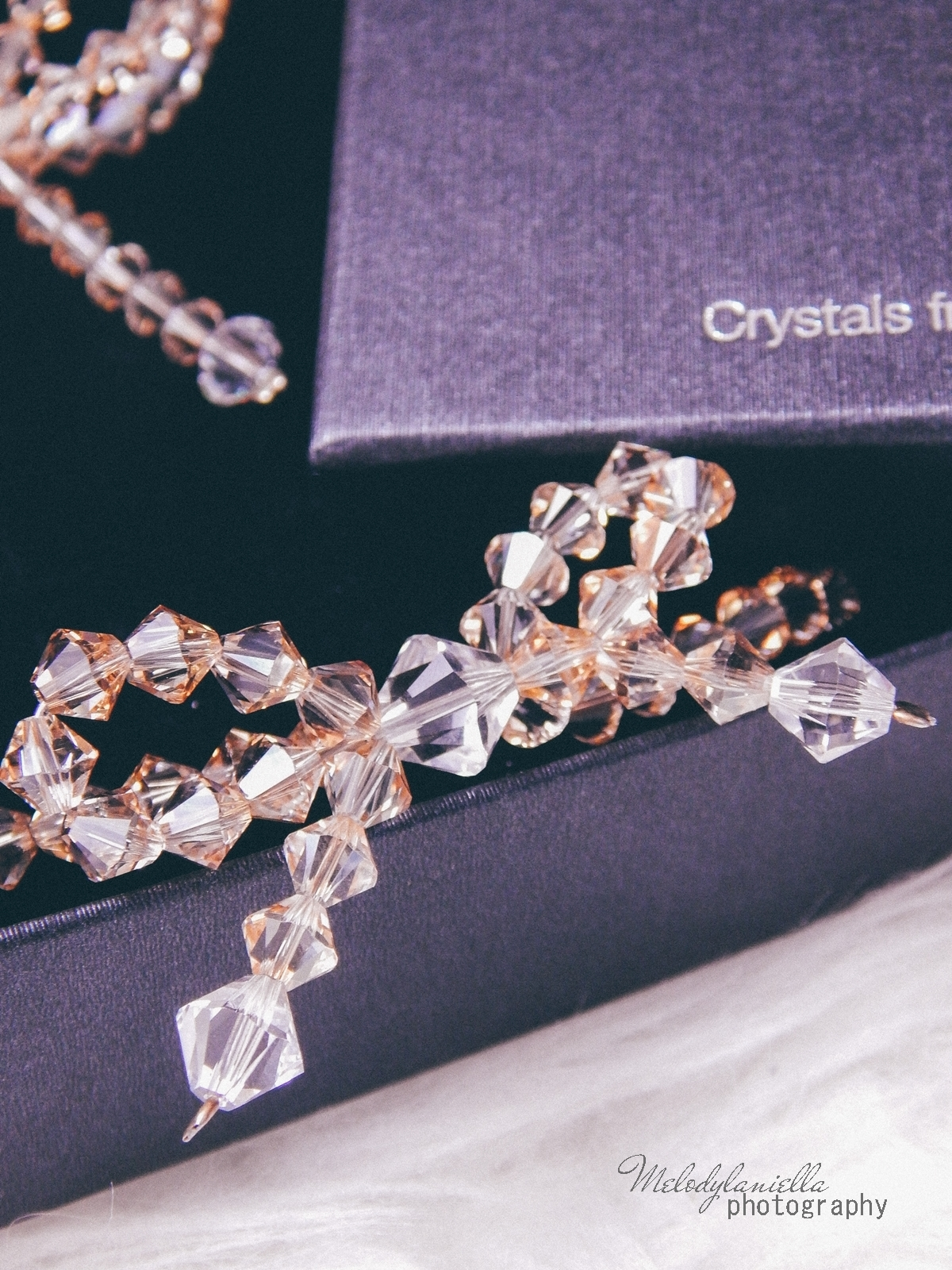 6 biżuteria M piotrowski recenzje kryształy swarovski przegląd opinie recenzje jak dobrać biżuterie modna biżuteria stylowe dodatki kryształy bransoletka z kokardką naszyjnik z kokardą złoto srebro fashion