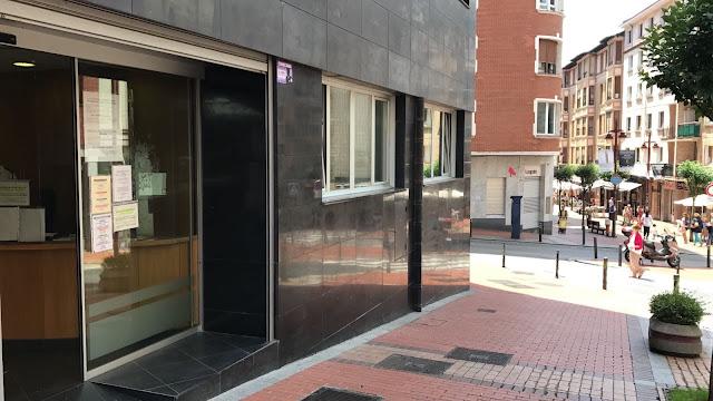 Oficinas centrales del área de Acción Social en la calle Zaballa