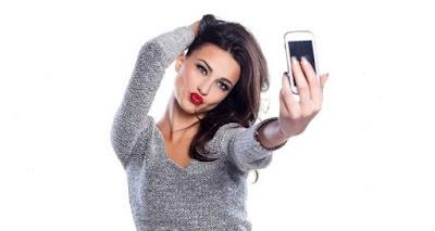 Τέλεια selfie – 7 Μυστικά για να βγάζετε τις πιο ωραίες selfie