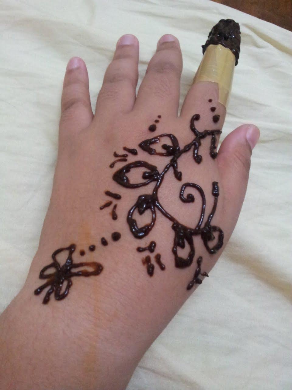 Gambar Cara Membuat Henna Di Tangan Balehenna