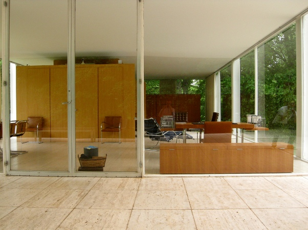 On Its Completion, Farnsworth House™ Received Accolades In The  Architectural Press. The Timeless Quality Of This House Is Still Regarded  With Reverent ...