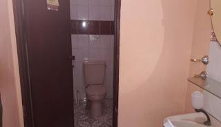 5 kamar mandi di villa gartik