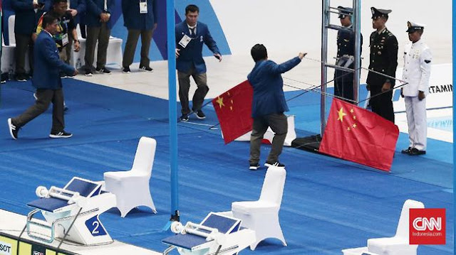 Tiang Pengerek Bendera China di Asian Games 2018 Roboh