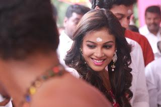 Actress Chandini Tamilarasan Stills in White Salwar Kameez at Naan Avalai Sandhitha Pothu Opening 0009