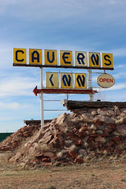 Road Tripping||BrentwoodLane Blog||Caverns Inn