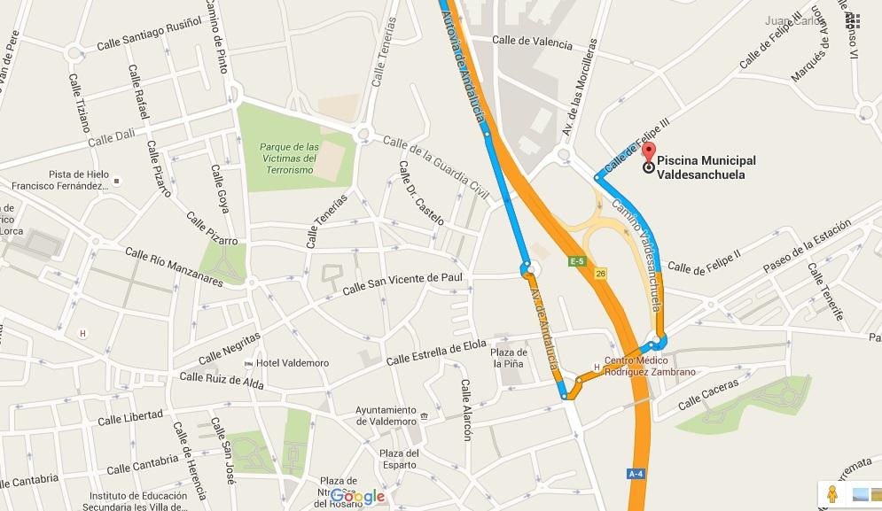 Escuela triatl n claver a acuatl n valdemoro 14 05 16 for Piscina municipal mostoles