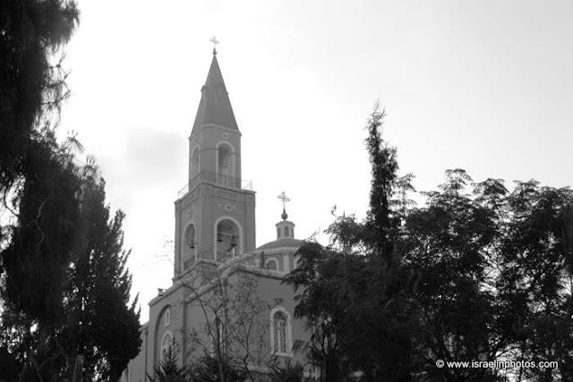 Храм святого апостола Петра и праведной Тавифы