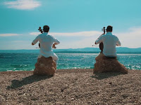 2CELLOS - Chariots of Fire video Zlatni rat Bol otok Brač online slike