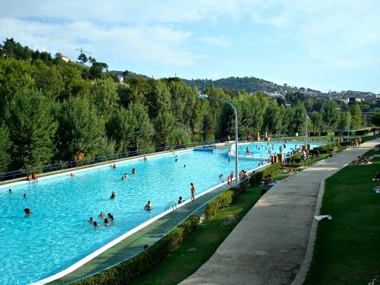 El blog de iria p rez piscinas en ourense para el verano for Piscinas en ourense