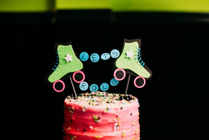 roller skating party ideas: a scrumptious roller skating birthdaycake