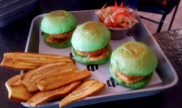 Vegetable Saoji Sliders