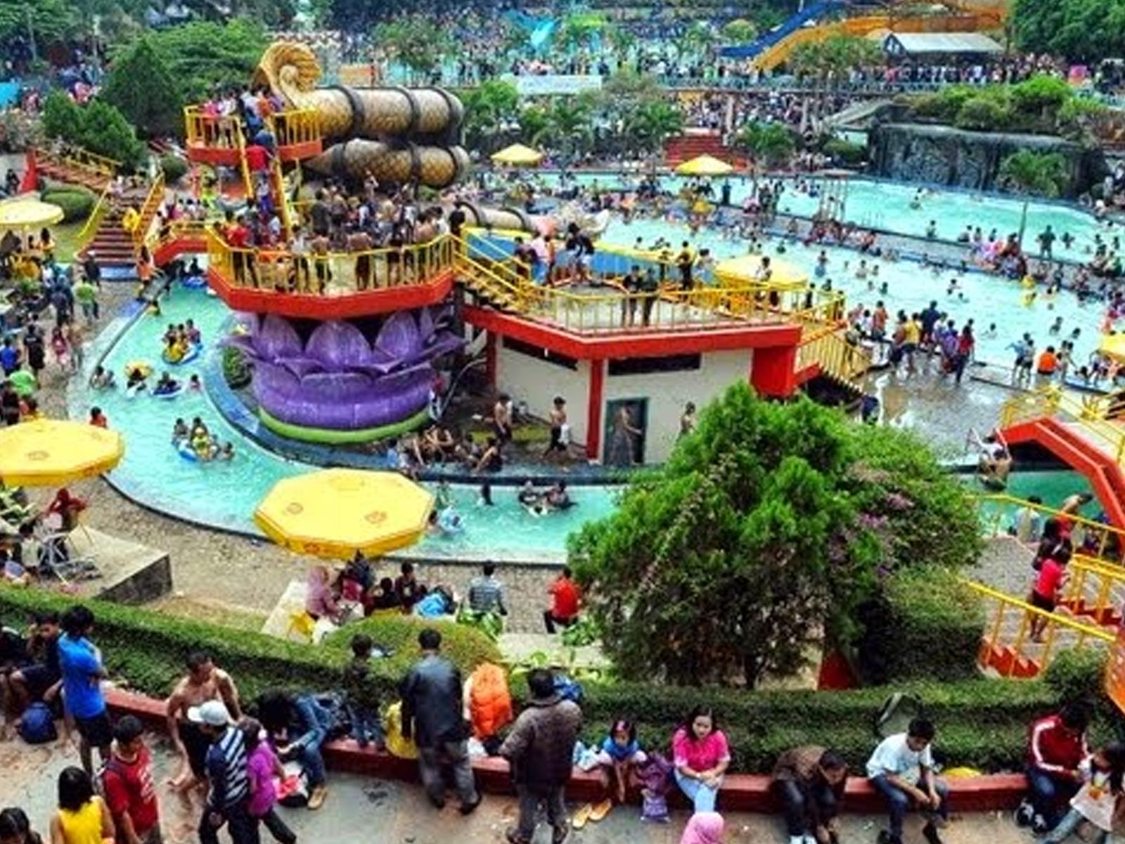 Wisata Kampung Batu Malakasari (Tektona Waterpark)