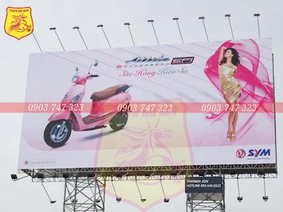 bảng quảng cáo lớn