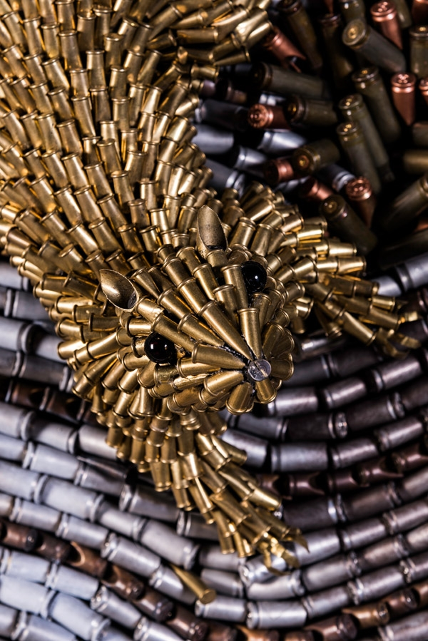 18-Squirrel-Federico-Uribe-Killing-it-with-Bullet-Animal-Sculptures-www-designstack-co