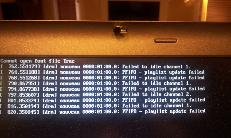 Fedora 17 laptop freezes on resume from suspend - downgrading kernel