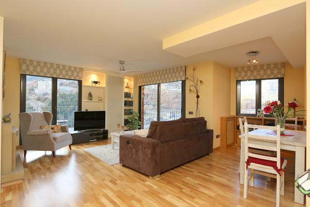 345.000 € Mooi 2 slaapkamer appartement te koop in Anyós - La ...