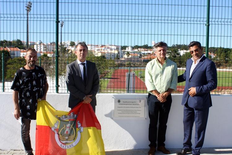 Futebol distrital de leiria novo piso sint tico da nazar for Piso 0 inferior estadio da luz