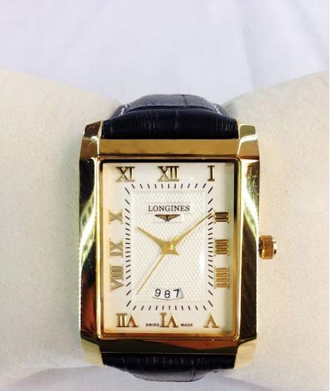 Mẫu đồng hồ nam mặt vuông giá rẻ đẹp