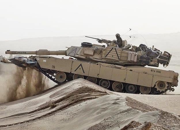 """Resultado de imagen de Abrams"""" pesa casi 65 toneladas"""