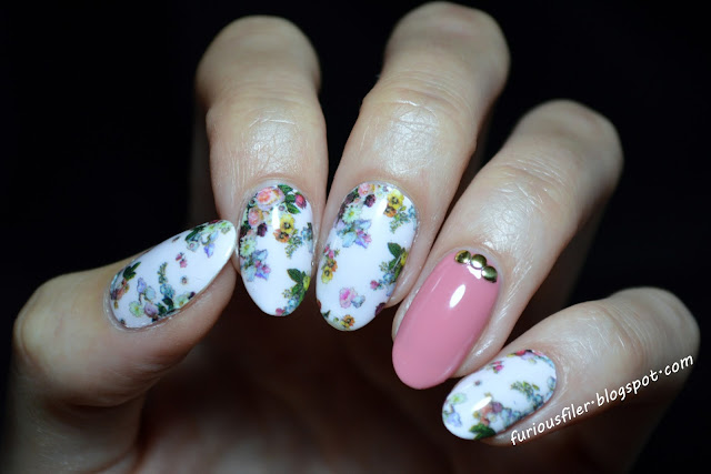 flowers sweet nail wraps ted baker