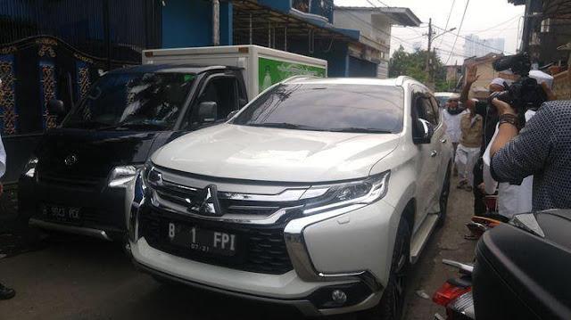 Dapat Donasi 100M, Rizieq Pergi Ke Istiqlal Dengan Mitsubishi Pajero Terbaru