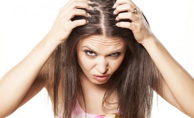 Rambut Berketombe ? Atasi dengan jahe
