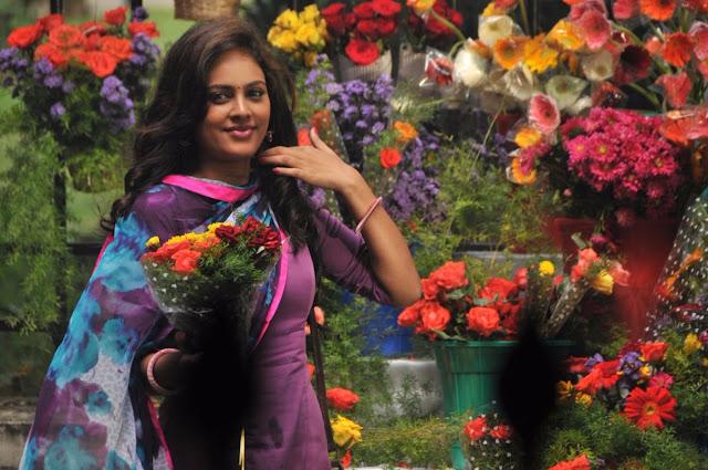 Nandita Swetha Latest Photos in Kathiruppor Pattiyal Tamil Movie