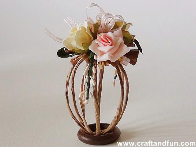 Riciclo creativo craft and fun decorazioni e uova di for Decorazioni di carta da appendere