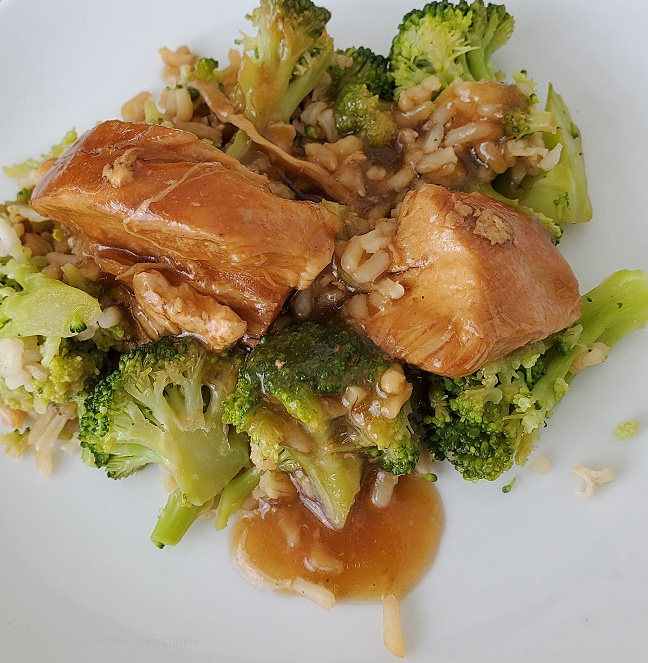 this is broccoli chicken and rice Asian style