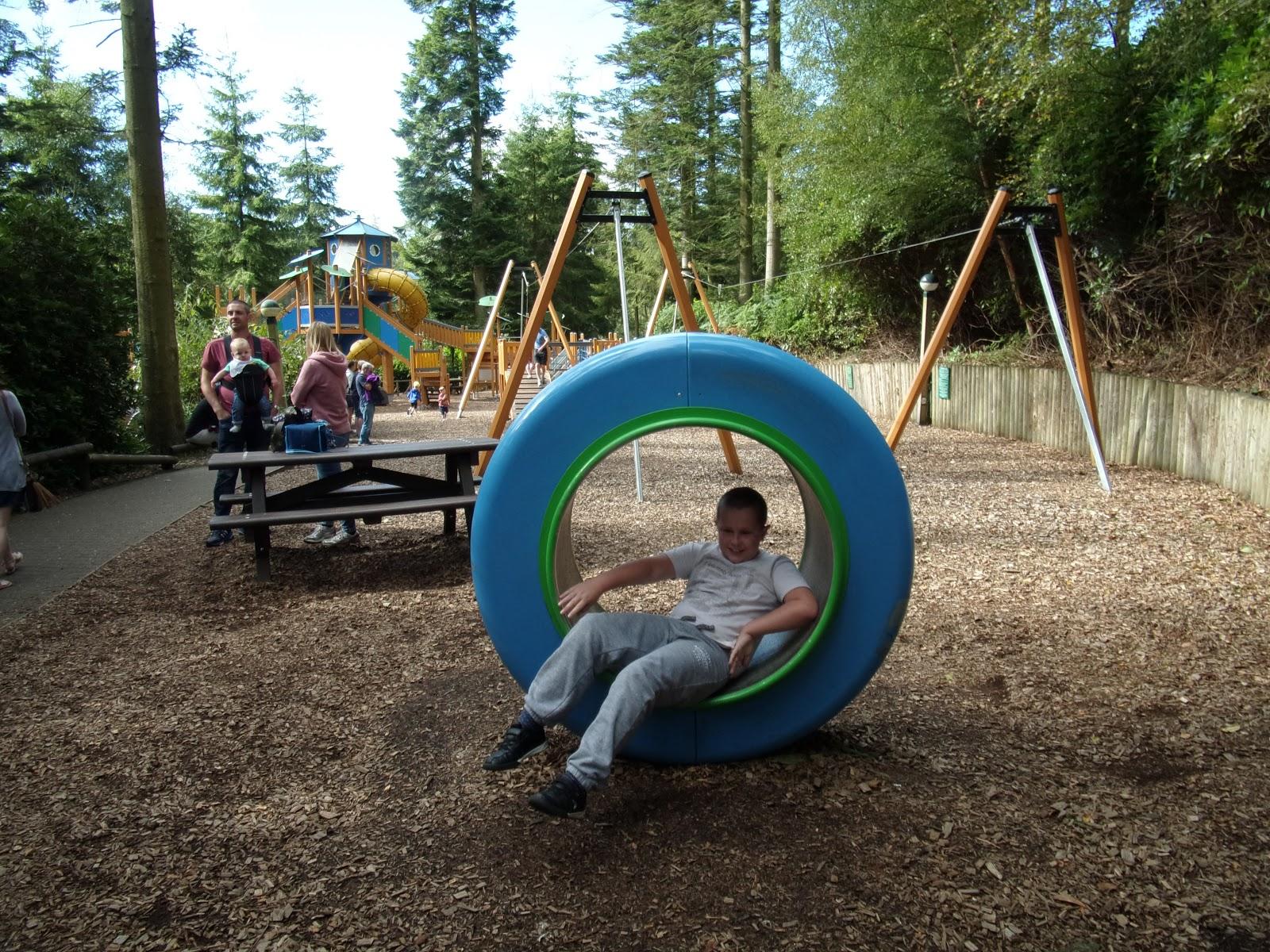 outdoor adventure playground centre parcs longleat