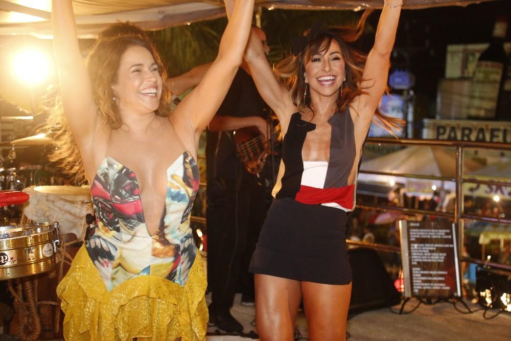 Banda Eva, Sabrina Sato e Daniela Mercury na micareta de Feira de ... 6ddbf2ceef