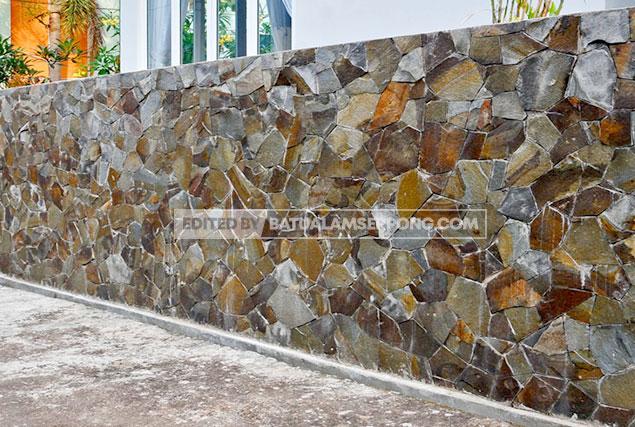pagar batu alam acak templek