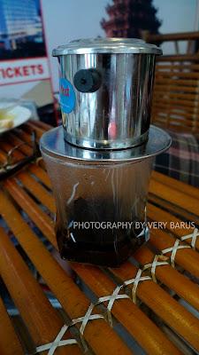 Cara menyuguhkan kopi Vietnam di Vietnam