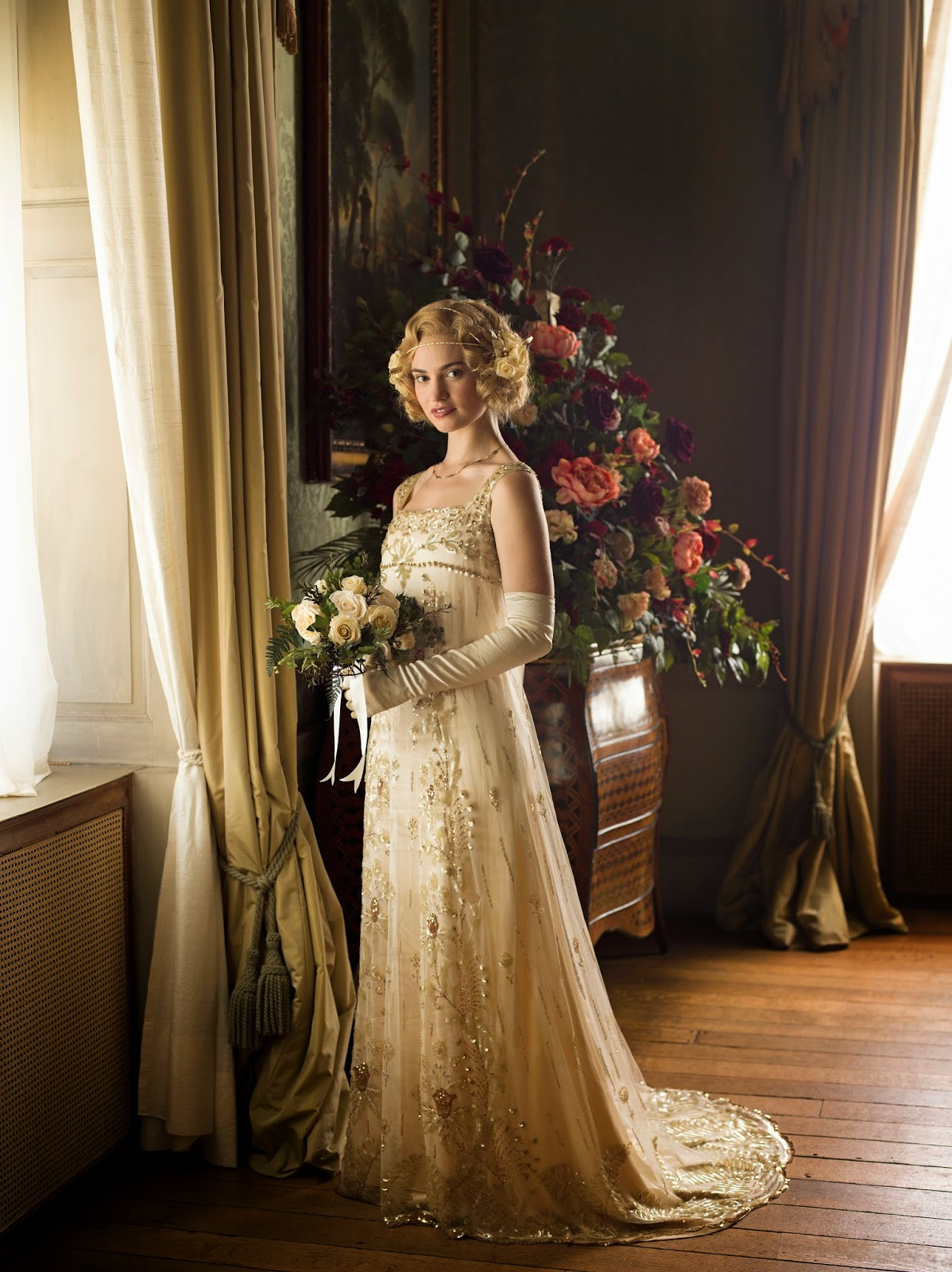Lady Roses Wedding Gown In Downton Abbey On Lily James