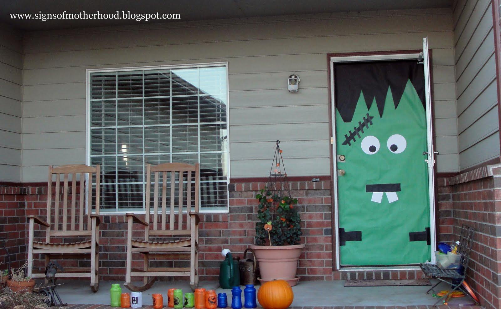 Signs of Motherhood: Halloween Door Decorations