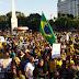 Movimentos sociais promovem buzinaço em frente ao Terminal Urbano nesta segunda