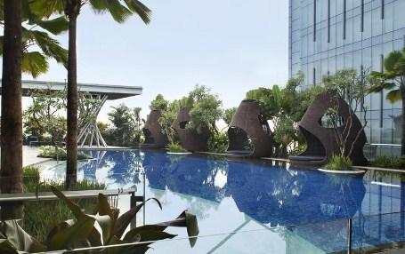 Kolam Renang Hotel Hilton Bandung 2017