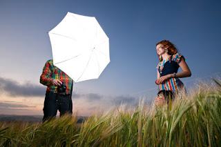 Untuk meningkatkan kemampuan memotret anda sebaiknya lakukan hunting foto di aneka macam tem Tips fotografi outdoor dengan cahaya alami yang gampang dicoba