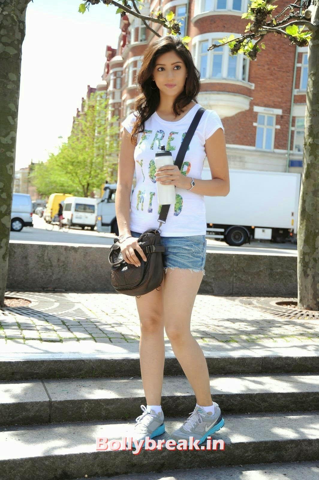 , Tanvi Vyas hot Pics in White Top & Shorts