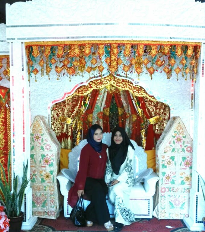 BEST FRIEND WEDDING - MISS D