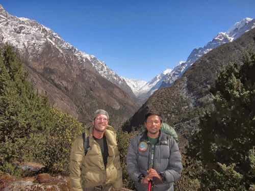 Trekkers in Nepal with trekking guide Naba in kanchenjuna base camp trekking