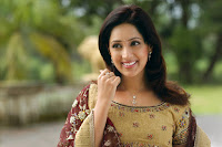 Sampada Vaze Pemeran Sumitra di Serial Drama India Rama Shinta MNCTV