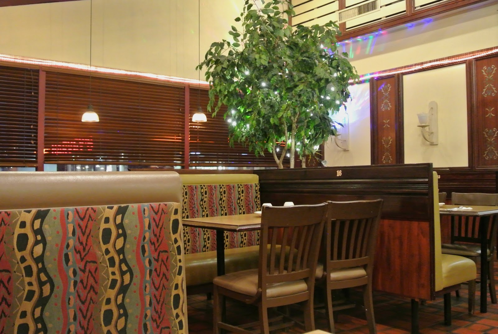 Swiss Chalet Decor Review Tofu House Edmonton See The City