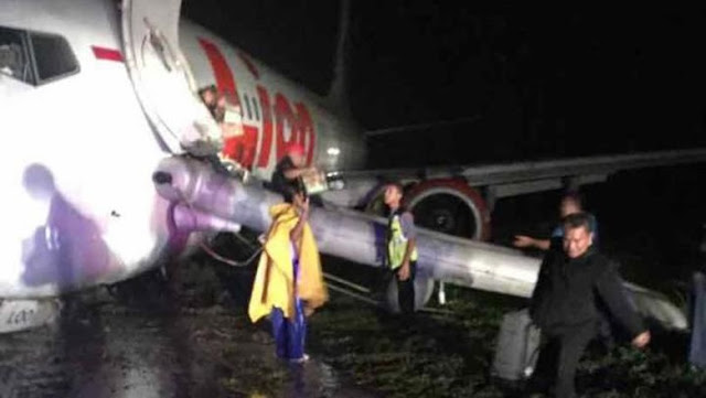 Lion Air Tergelincir di Gorontalo, 2 Penumpang Sempat Pingsan