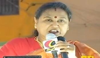 TN Elections 2016 : Premalatha Vijayakanth's Election Campaign at Pudur Bus Stand (Madurai)