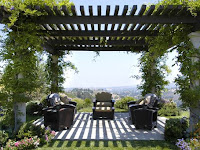 12 tips for Add awesome style to Your Pergola