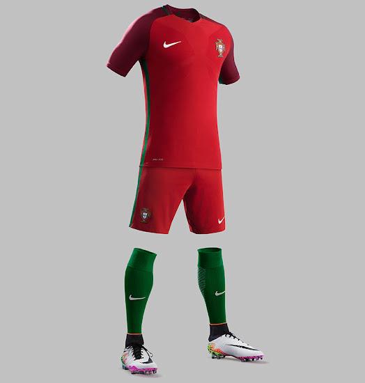 Nike revela el diseño de la camiseta de portugal de la euro jpg 524x550  Rojo portugal a437f4d2048ca